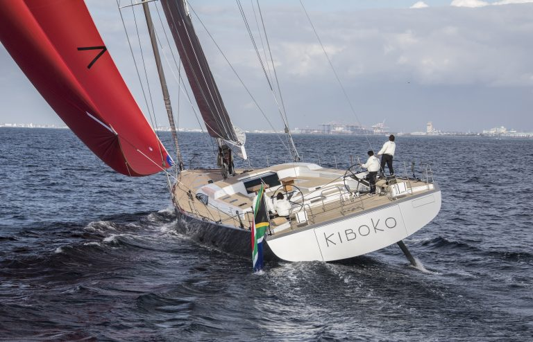 Selection_SW105_02 - Kiboko III Sailing_HR_(1)